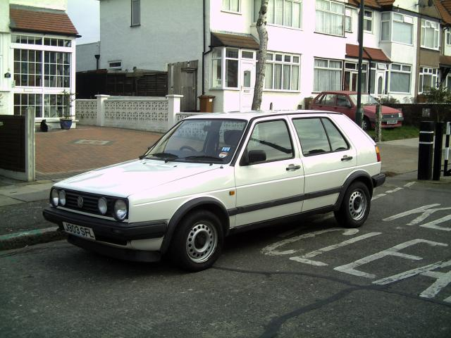 Volkswagen Golf 1.6 5 speed