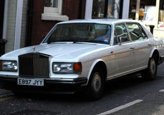 Rolls-Royce Silver Spirit/Silver Spur, E897JYY
