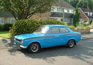 Ford Escort, HDG141L