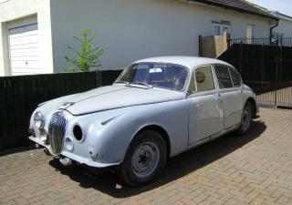 Jaguar 3.4, HHK829B
